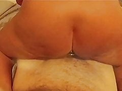 Thick and Curvy Jersey WIfe Rides New Bull With Gem In Ass